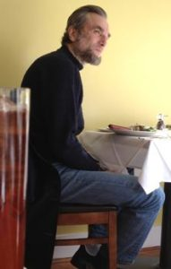 Daniel Day-Lewis in restaurant sporting Lincoln beard